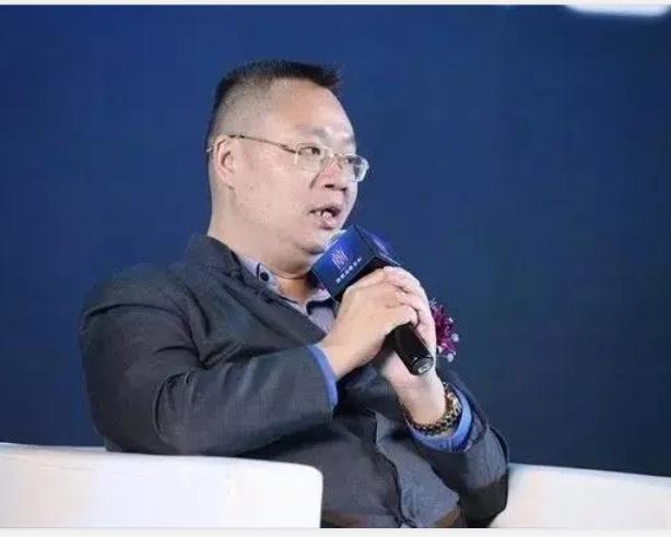 胡远江:创新、协调、绿色、开放、共享,五位一体发展思路助力直企突围